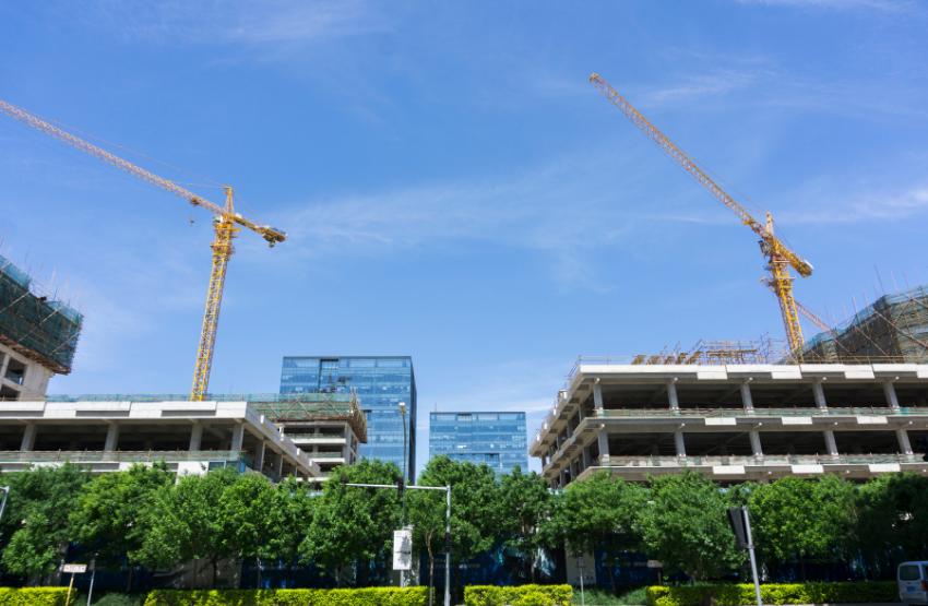 építkezés ház daru